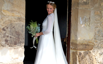 efc2953cfb CONFESSIONS OF A TOT-HOM BRIDE  A TWO-PIECE WEDDING DRESS