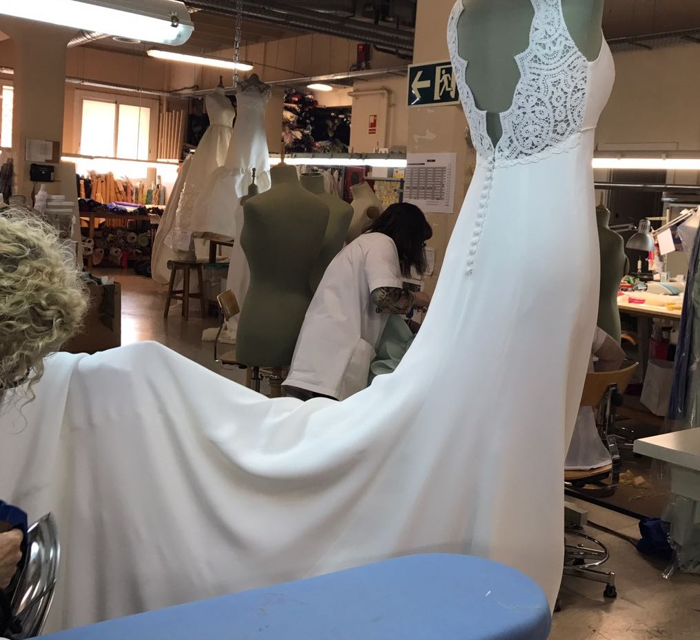 Tot-hom What is the process for making a wedding dress at Tot-Hom ...