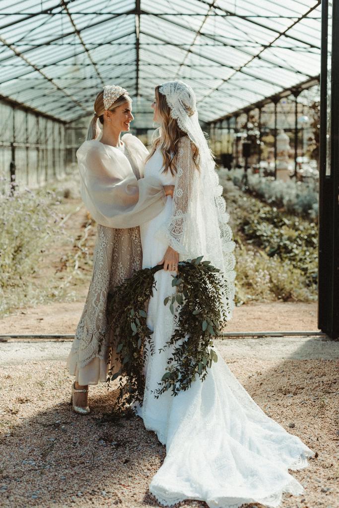 vestit de núvia tot-hom andrea sañes