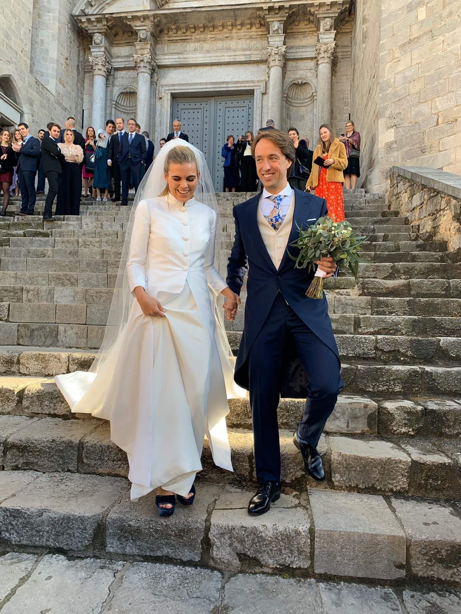 tot-hom wedding dress